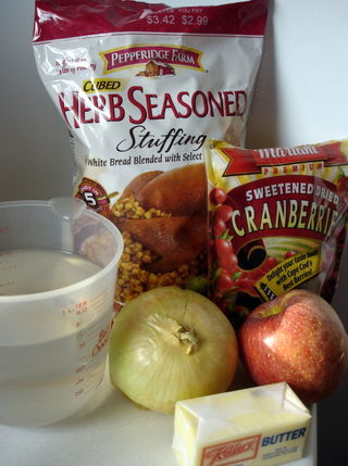Apple Cranberry Stuffing Ingredients