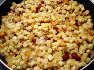 Apple Cranberry Stuffing Setting Up