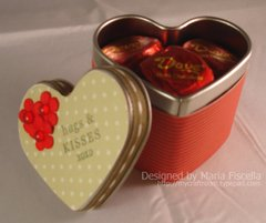 Small_heart_tin_close_up_watermar_2